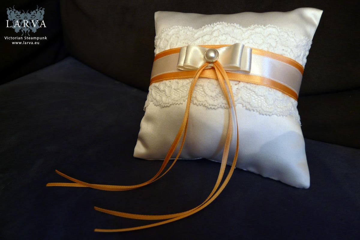 wedding_pillow